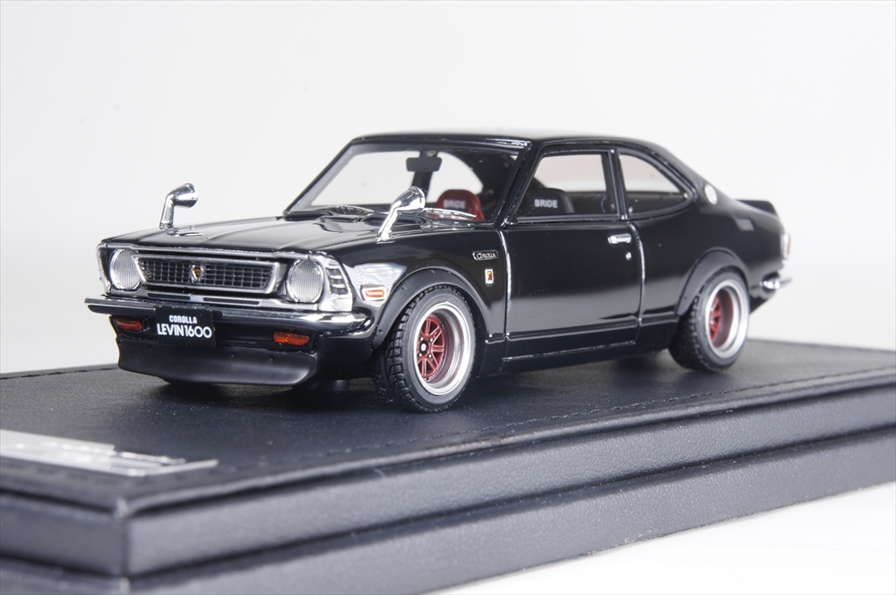イグニッションモデル1/43 トヨタ カローラ レビン (TE27) ブラック 完成品ミニカー IG0731