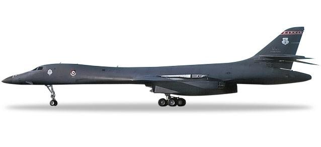ヘルパウイングス1/200 B-1B アメリカ空軍 127th BS, 184th BW, マッコーネル空軍基地 完成品 艦船・飛行機 HE559263