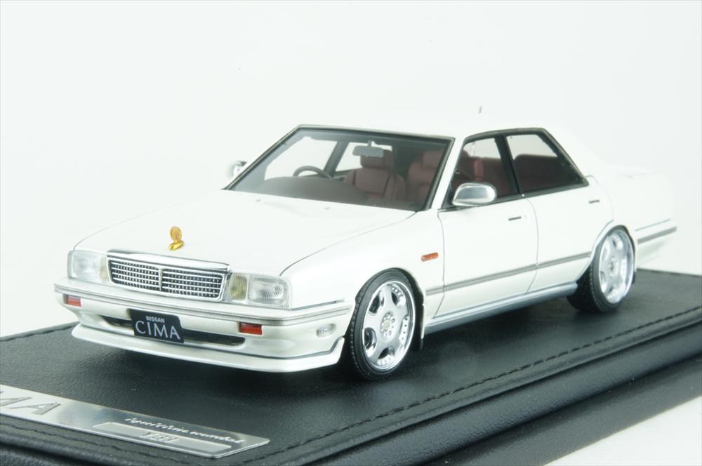 イグニッションモデル1/43 日産 セドリック シーマ (Y31) パールホワイト 完成品ミニカー IG1089