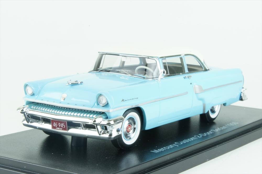 ネオ1/43 マーキュリー カスタム 2ドア セダン 1955 ブルー/ホワイト 完成品ミニカー NEO46945