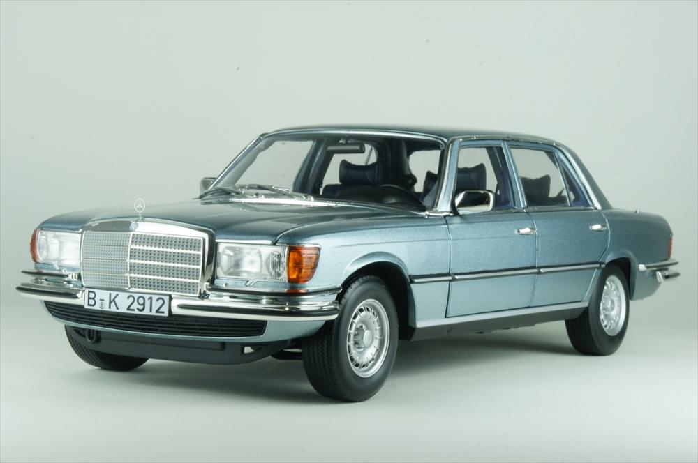 ノレブ1/18 メルセデス・ベンツ 450 SEL 6.9 1976 メタリックブルーグレー 完成品ミニカー 183457