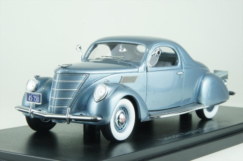 ネオ 1/43 リンカーン ゼファー クーペ 1937 メタリックライトブルー 完成品ミニカー NEO45752