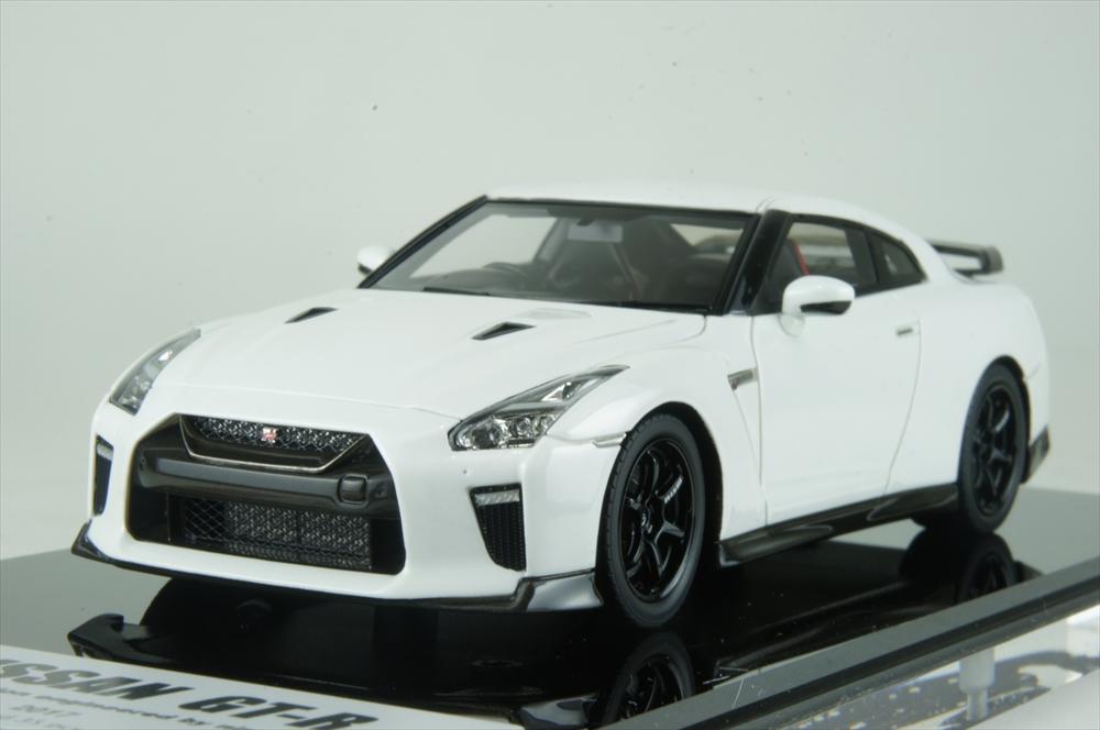 アイドロン1/43 ニッサン GT-R 2017 Track edition engineeレッド by nismo 2017 ブリリアントホワイトパール 完成品ミニカー EM385C