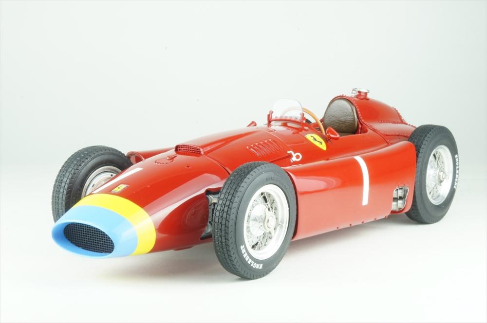 CMC 1/18 CMC フェラーリ D50 ロングノーズ No.1 1956 F1 ドイツGP 完成品ミニカー M-181