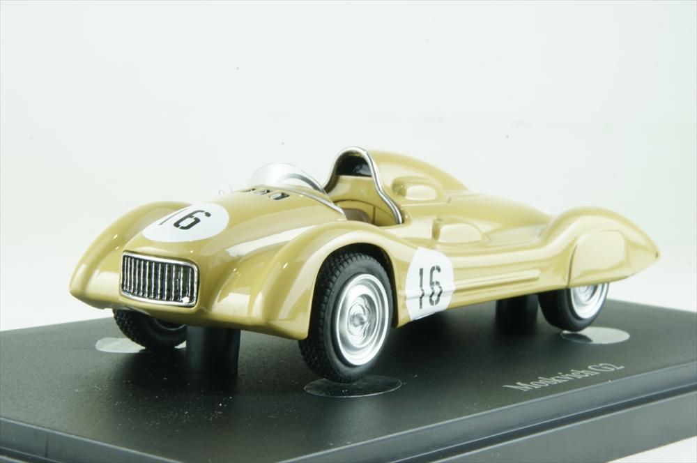 オートカルト 1/43 モスクヴィッチ G2 1959 アイボリー 完成品ミニカー 07010