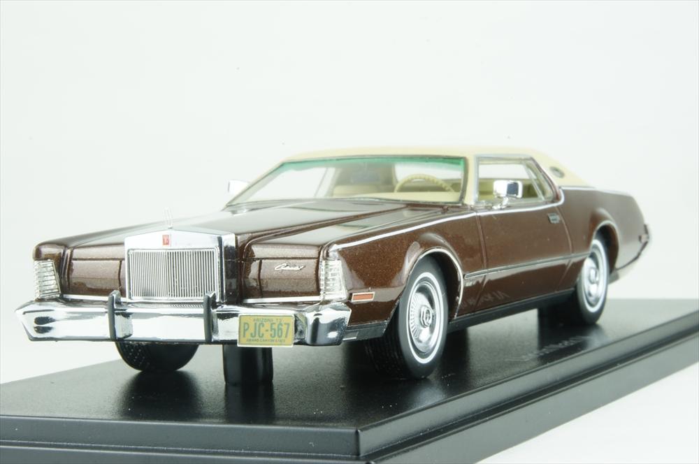 ネオ 1/43 リンカーン コンチネンタル マークIV 1973 ブラウン 完成品ミニカー NEO45567