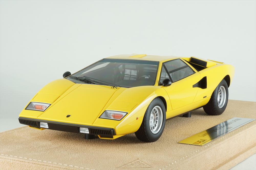 イデア1/18 ランボルギーニ カウンタック LP400 1974 イエロー 完成品ミニカー IM026B