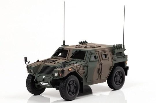 アイランズ 1/43 陸上自衛隊 軽装甲機動車 LAV 指揮官仕様 完成品ミニカー IS430005