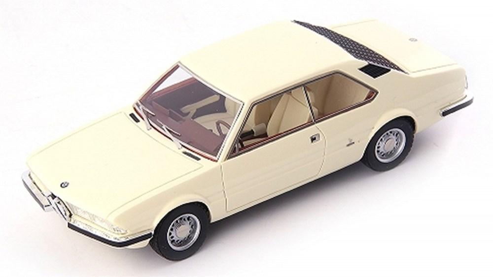 アべニュー43 1/43 BMW 2200ti ガルミッシュ ベルトーネ 1970 ベージュ 完成品ミニカー 60021