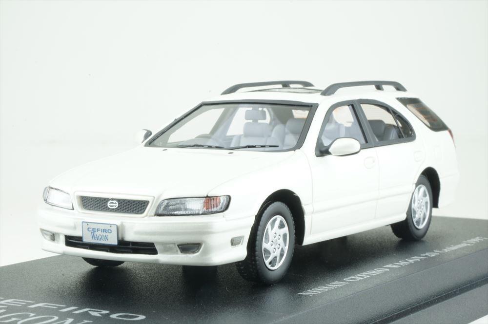 Cam@ 1/43 日産 セフィーロ ワゴン (WA32) 1997 プラチナホワイトパール 完成品ミニカー C43086