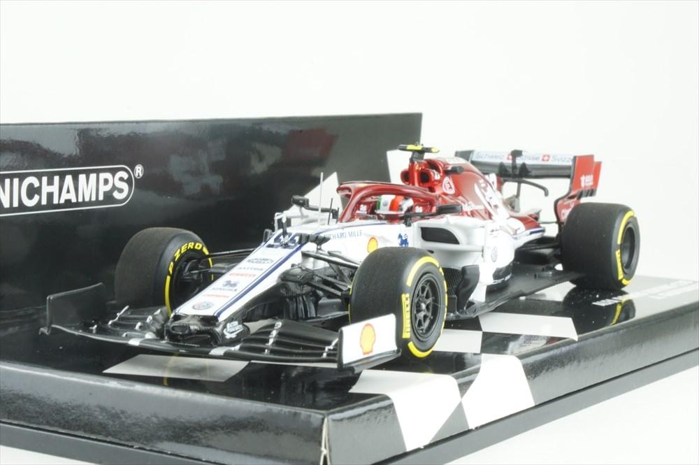 Sauber C37 Ferrari  Charles Leclerc Formel 1 Aserbaidschan 2018  1:43 Minichamps