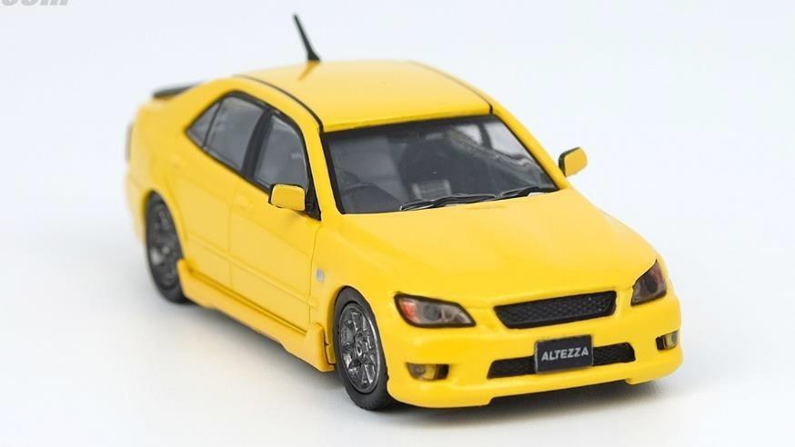 土日出荷可能 完成品ミニカー イノモデル 1 64 トヨタ 大幅値下げランキング 日本限定 アルテッツァ IN64-RS200-YL イエロー 人気 RS200
