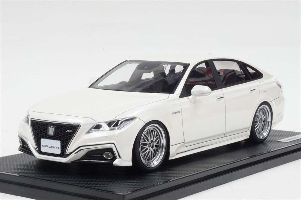 イグニッションモデル 1/18 トヨタ クラウン 220 3.5L RS アドバンス ホワイト 完成品ミニカー IG1677