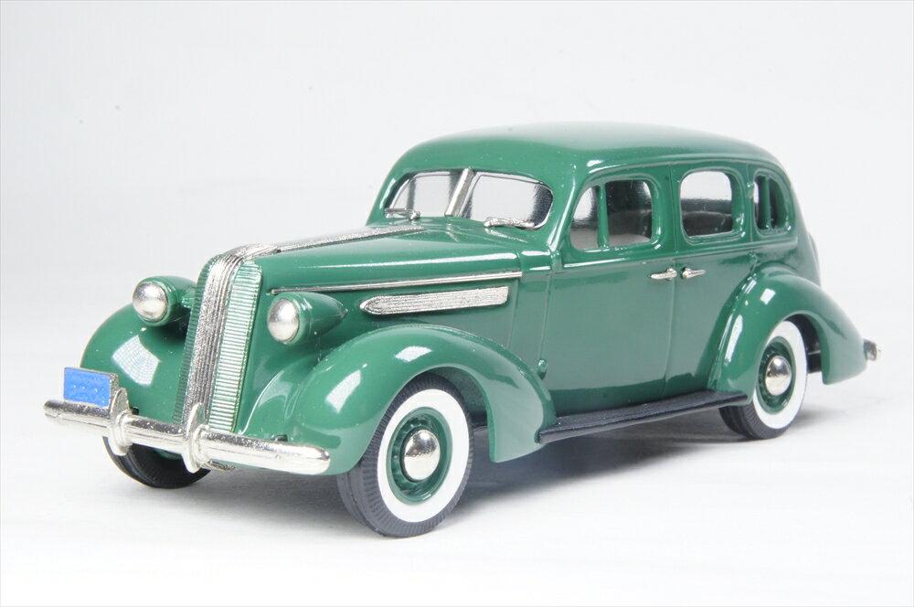 ブルックリン 1/43 ポンティアック デラックス シックス 4ドア 1937 グリーン 完成品ミニカー PC04