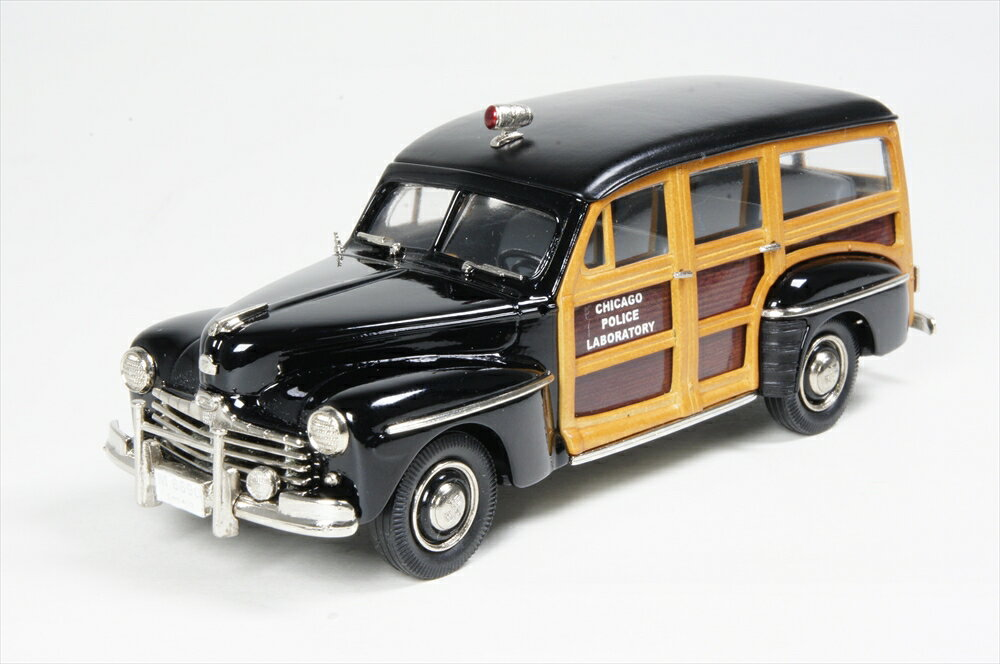 ブルックリン 1/43 インターナショナル ポリス ビークル フォードV8 ウッディ ワゴン シカゴ警察 1948 完成品ミニカー IPV45
