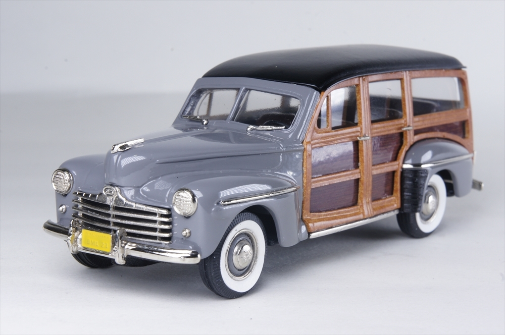 ブルックリン 1/43 フォード V8 ステーションワゴン 1948 完成品ミニカー BML23