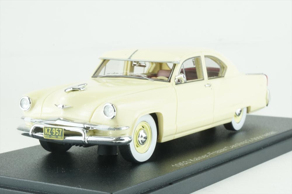 エスバルモデル 1/43 カイザーフレイザー マンハッタン 2ドアセダン 1953 イエロー 完成品ミニカー EMUS43047B