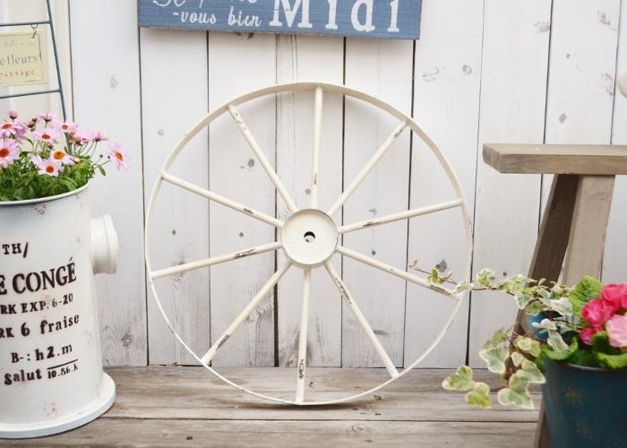 ギフ_包装 お庭にかわいい車輪のディスプレイ アイアンホイールLW 格安SALEスタート 車輪 アイアン 鉄 ジャンク ディスプレイ 置物 ガーデン雑貨 ガーデニング雑貨 ポタフルール ナチュラル ベランダ ジャンクガーデニング アンティーク かわいい 庭