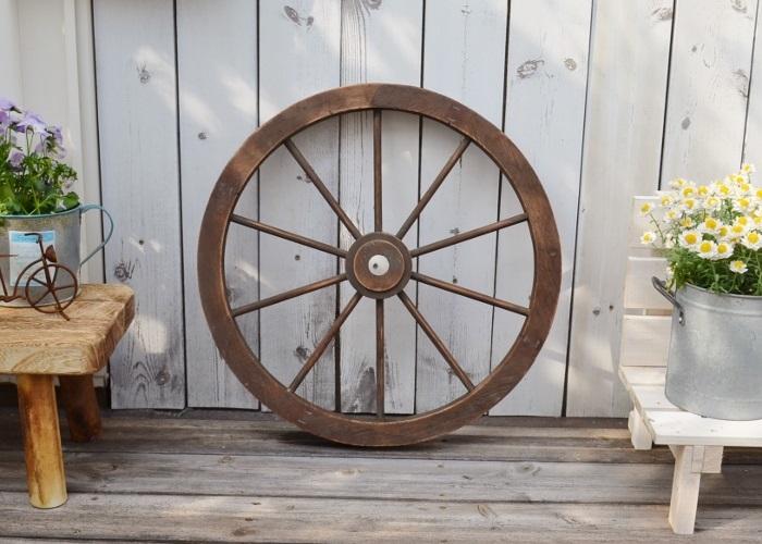 ナチュラル感たっぷりのかわいい木製の車輪 【ウッドホイールSBR】ジャンクガーデニング シャビー ガーデニング ジャンクガーデン 車輪 ウィール ガーデン雑貨 木製 かわいい おしゃれ ガーデニング雑貨 ナチュラル アンティーク ポタフルール