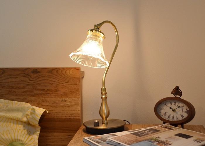 デスクランプGトレニア 送料無料 デスクランプ テーブルランプ 机 ライト 電気 寝室 ナイトランプ LED対応 ナチュラル カフェ風インテリア アンティーク フレンチカントリー ナチュラルインテリア 照明 かわいい 書斎アンティーク 卓上ライト