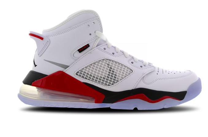 Jordan Mars 270 ホワイト ファイアー レッド ブラックJordan Mars 270 White-Fire Red-Black
