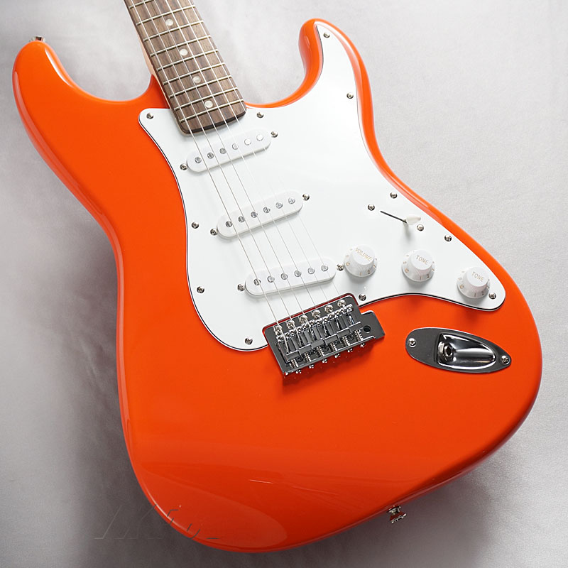 Squier by Fender《スクワイヤー》Affinity Series Stratocaster(Race Red/Rosewood Fingerboard)【お取り寄せ商品】【oskpu】