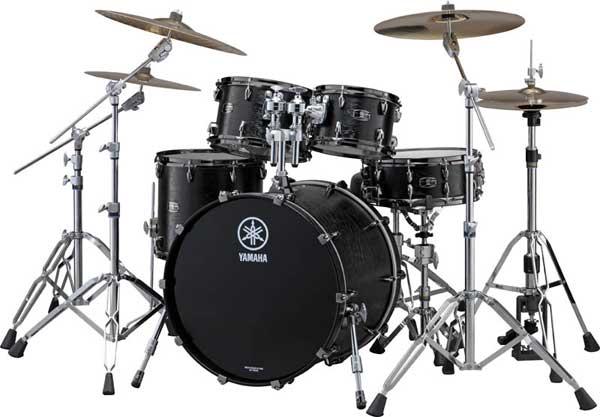 YAMAHA 《ヤマハ》 LIVE CUSTOM 4pc Drum Set (Bass Drum 深さ18インチ)[LNP6F3BKW + LNB2218BKW] 【BD22、FT16、TT12&10/ブラックウッド(BKW)※つや消し塗装】【お取り寄せ品】