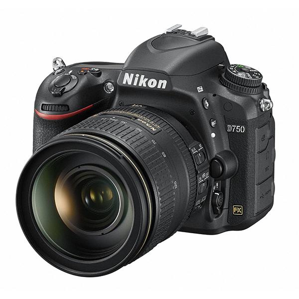 【送料無料】Nikon D750 24-120 VR レンズキット [デジタル一眼レフカメラ (2432万画素)]