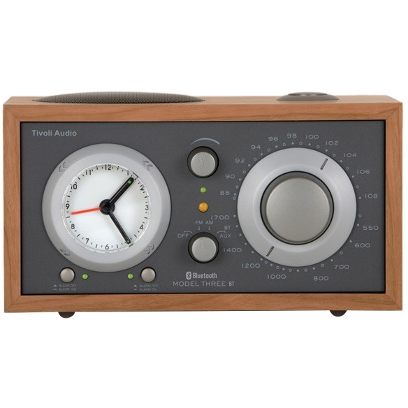 【送料無料】Tivoli Audio M3BT-1776-JP Tivoli Model Three BT Taupe/Cherry [アラームクロック付き AM/FMテーブルラジオ]