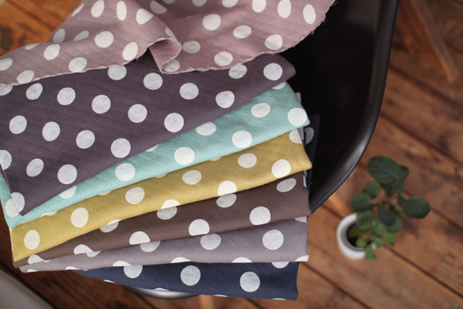 Pres-de original wide cover DIA quilt prints large dot pattern knit fabric ♦ makes polka dot quilt fabric, have deployed in the original colors. Big dots are very cute impression and presence!