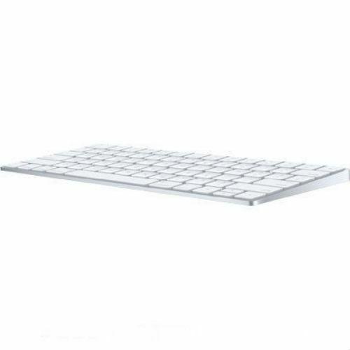 美しく生まれ変わったデザインに 充電式の内蔵バッテリーと強化されたキーの機能を組み込みました マラソンセール限定 当店P2倍 送料無料 美品 Apple Keyboard アップル MLA22J Magic A キーボード 開店記念セール