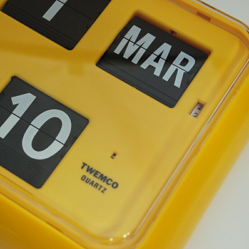 TWEMCO QD-35 イエロー オートマティックデジタルカレンダークロック