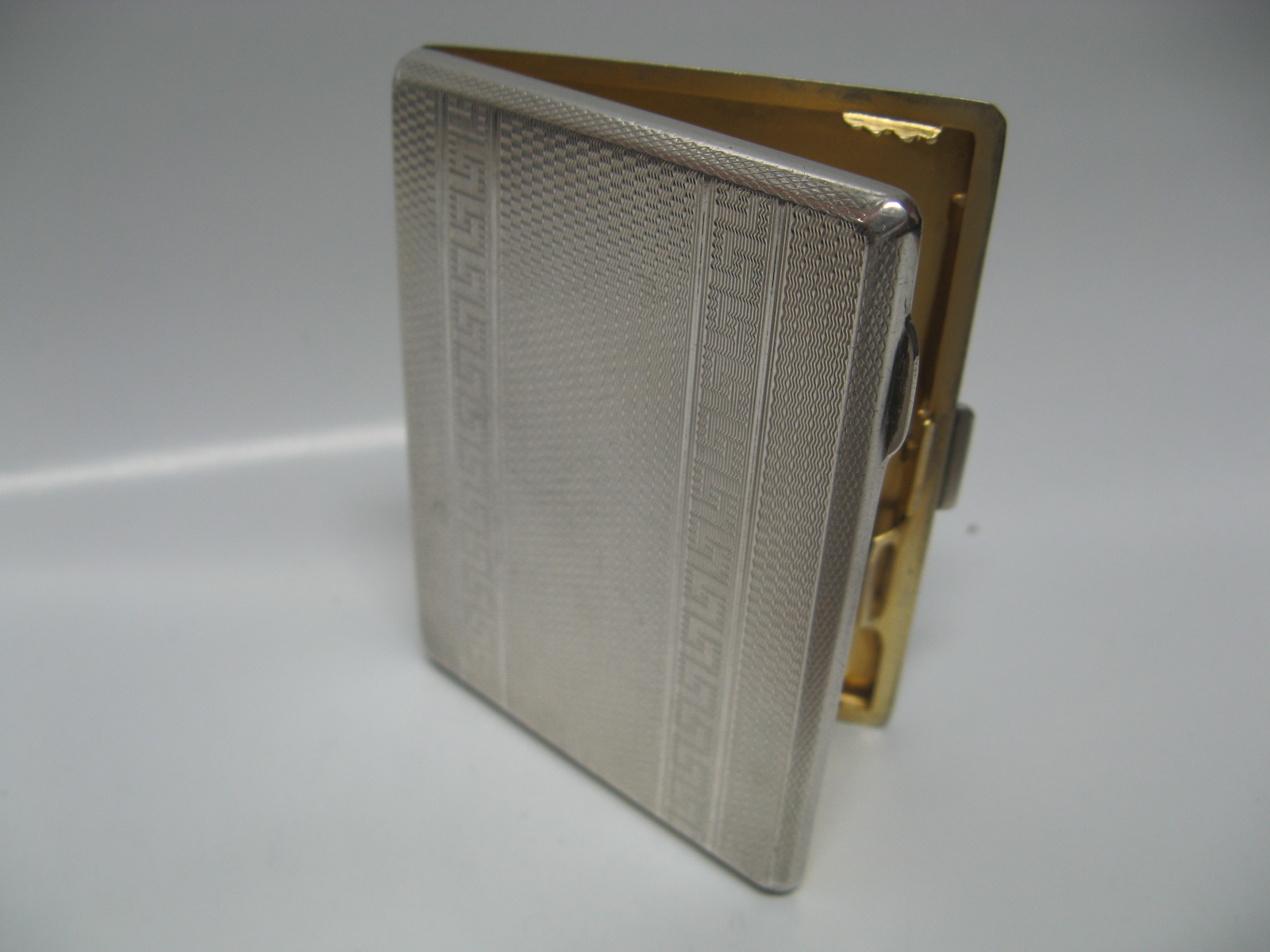 0233dde68b51 Yutakaya  Sterling Silver cigarette case unread items