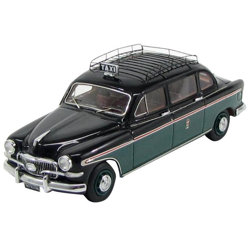 【クーポンあり】【送料無料】KESS/ケス フィアット 1400 PRESIDENT FRANCIS LOMBARDI ミラノタクシー 1956 1/43スケール KE43010051 本物を忠実に再現したモデルカー!