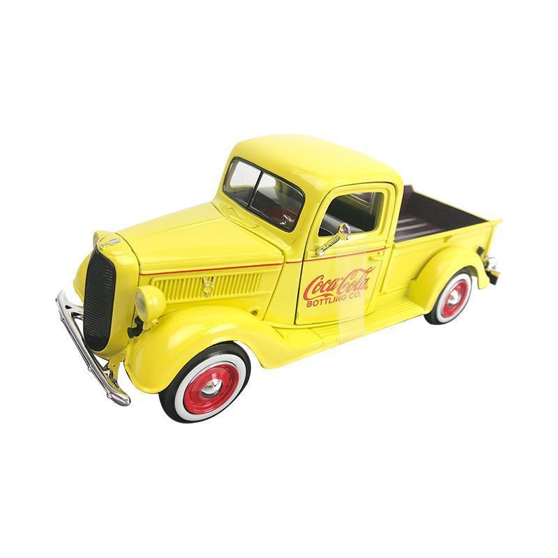 【クーポンあり】【送料無料】Coca Cola(コカ・コーラ)シリーズ Coca-Cola フォード ピックアップ 1937 イエロー 1/24スケール 433213 どこかレトロで懐かしいデザインのモデルカー。