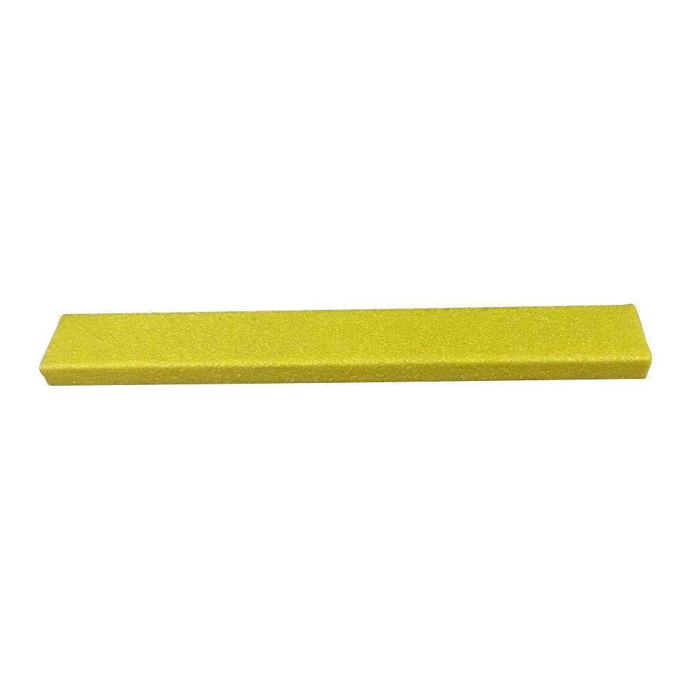 送料無料★木材階段用の滑り止めカバーです。 【送料無料】SAFEGUARD 階段用滑り止めカバー 3インチ単色x914mm幅 914x75x25mm 黄色木材設置用ネジ付属 12084-W 木材階段用の滑り止めカバーです。