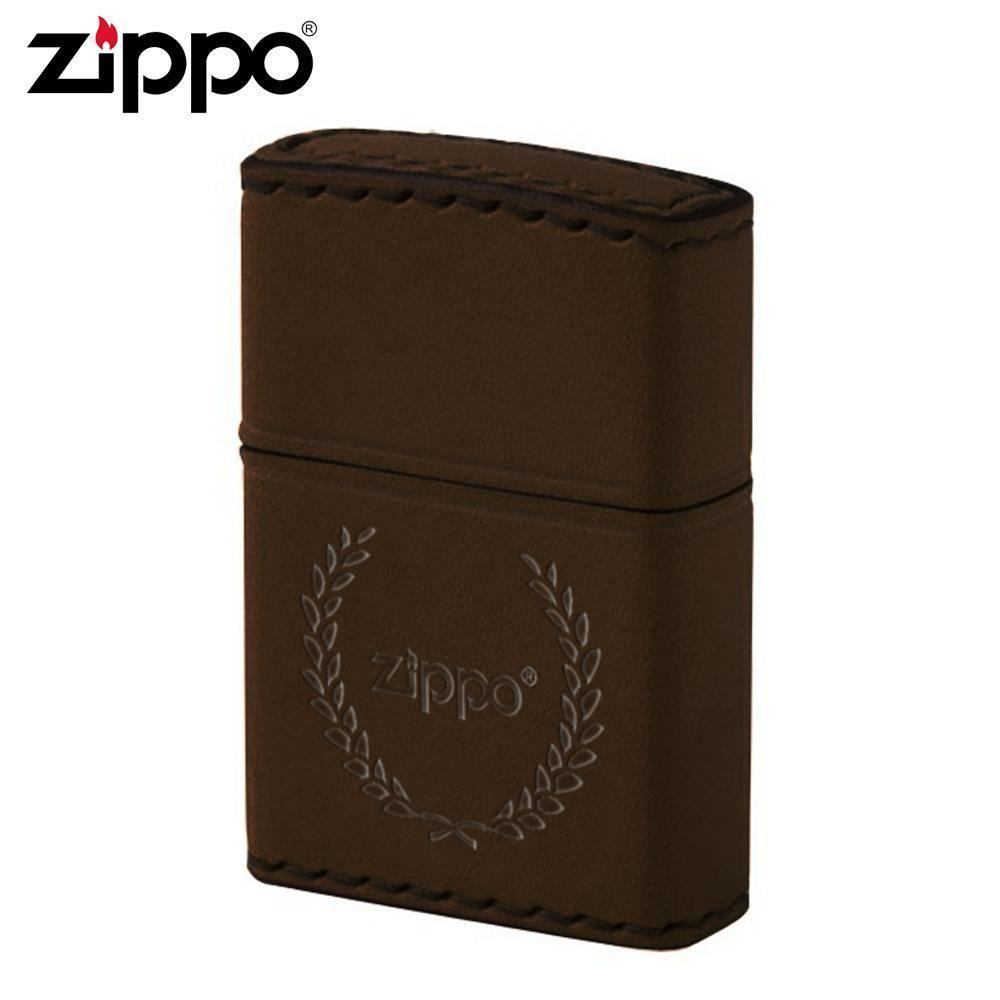 【クーポンあり】【送料無料】ZIPPO(ジッポー) オイルライター DB-7 革巻き 月桂樹 ブラウン 手縫いの牛革巻きのZIPPO(ジッポー)。