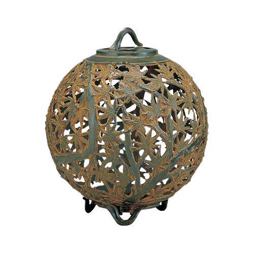 【クーポンあり】【送料無料】高岡銅器 銅製庭置物 クサリ付 紅葉灯篭 59-09