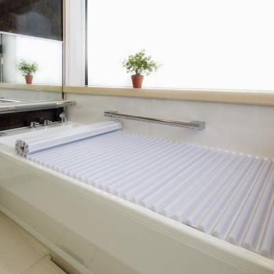 【クーポンあり】【送料無料】イージーウェーブ風呂フタ 90×140cm用 ホワイト 便利 コンパクト バス 洗いやすい 収納 浴槽 日本 シャッター