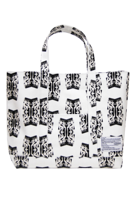 FABRICK(R) ABAKE - Artist and Mirror 1 TOTE BAG