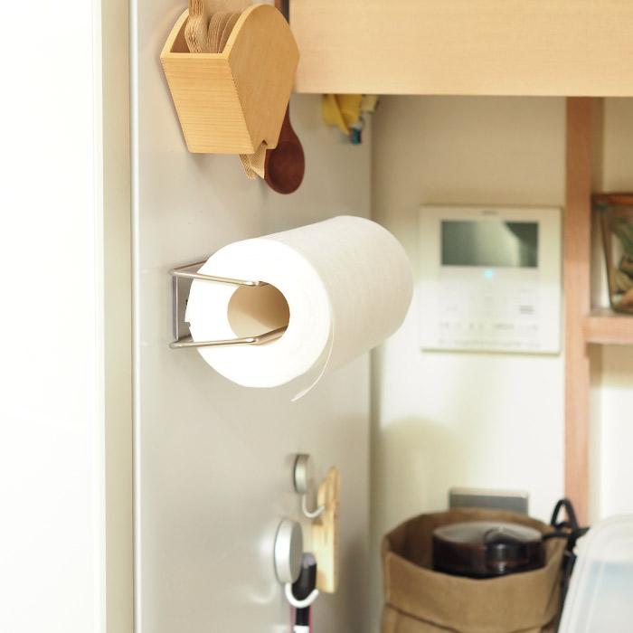 【3/1限定P5倍】家事問屋 壁付けキッチンペーパーホルダー