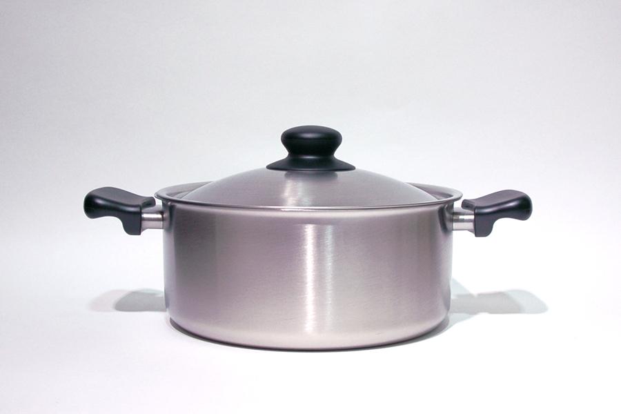 柳宗理 ステンレス・アルミ3層鋼両手鍋 浅型 22cm つや消しIH対応 / Sori Yanagi