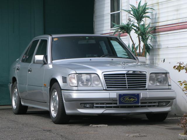 M・ベンツ 300Dターボ ディーゼル D車 左ハンドル(メルセデス・ベンツ)【中古】
