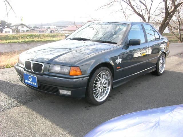 BMW 318i アニバーサリー サンルーフ レザー ディーラー車(BMW)【中古】