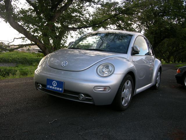 VW ニュービートル プラス 左ハンドル サンルーフ ブラックレザーシート D車(フォルクスワーゲン)【中古】