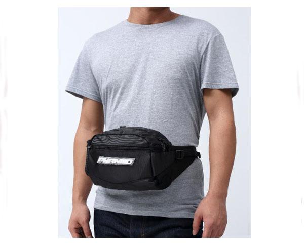 【BLACK PYRAMID】【ブラックピラミッド】【Chris Brown(クリスブラウン)プロデュース Tech Sling Bag ウェストバッグ ボディーバッグ 】【メンズ】 BLACK PYRAMID ブラックピラミッド Chris Brown(クリスブラウン)プロデュース Tech Sling Bag ウェストバッグ ボディーバッグ メンズ 【Y7161917 Tech】