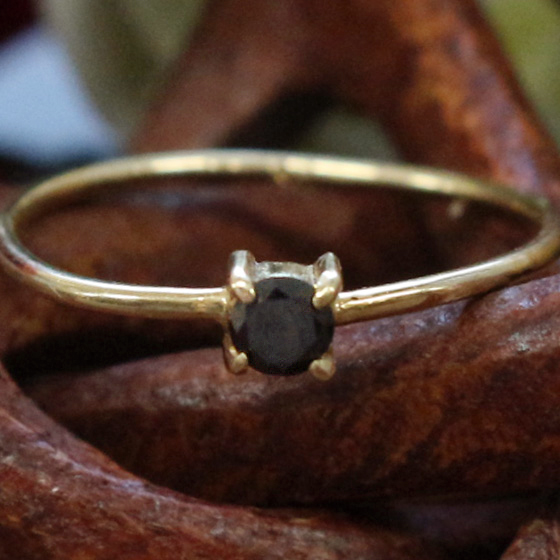 K18ブラックダイヤモンドリング9号サイズ(天然石パワーストーンレディース用) メール便不可