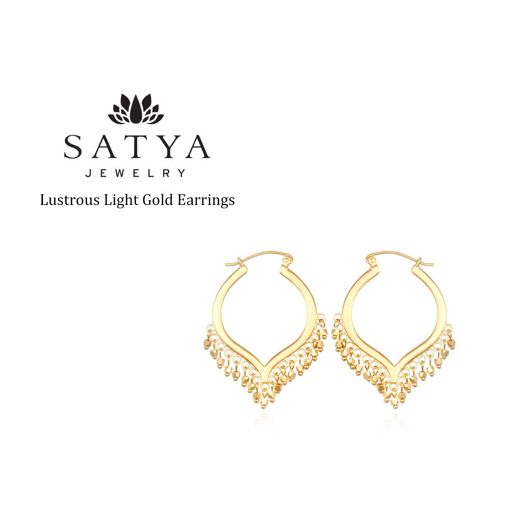Hoop Pierced Earrings Of The Petal Motif Lotus Shining Like A Chandelier