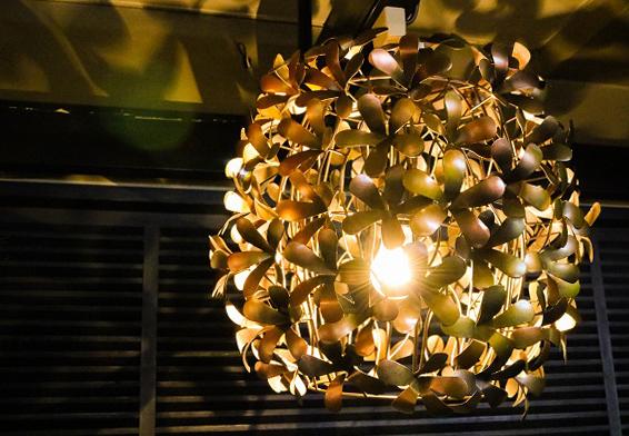 フラワーアイアンランプ アジアン バリ 雑貨 インテリア ランプ