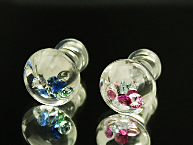 2Gガラスのボディピアス手作り1点もの制作品 新作店長の自信作 マーケティング ボディピアス ガラスのボディピアス:ラウンドMプラグ2G サイズ 流行のアイテム 6ミリ